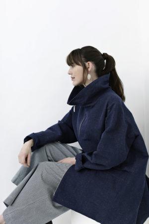 Blå oversize forårsjakke med højkrave
