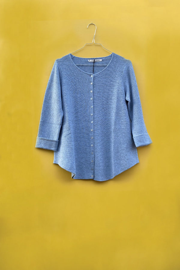 Knitted blue cardigan from Mansted